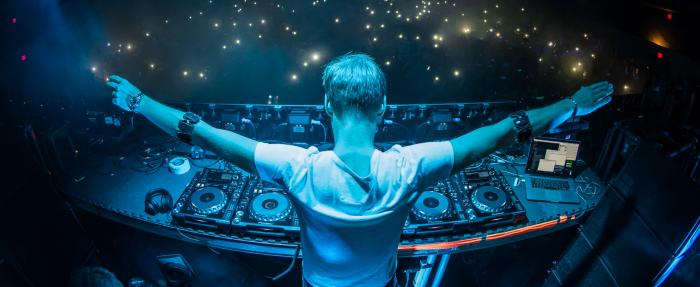 Data: Armin van Buuren de ijverigste DJ in2015