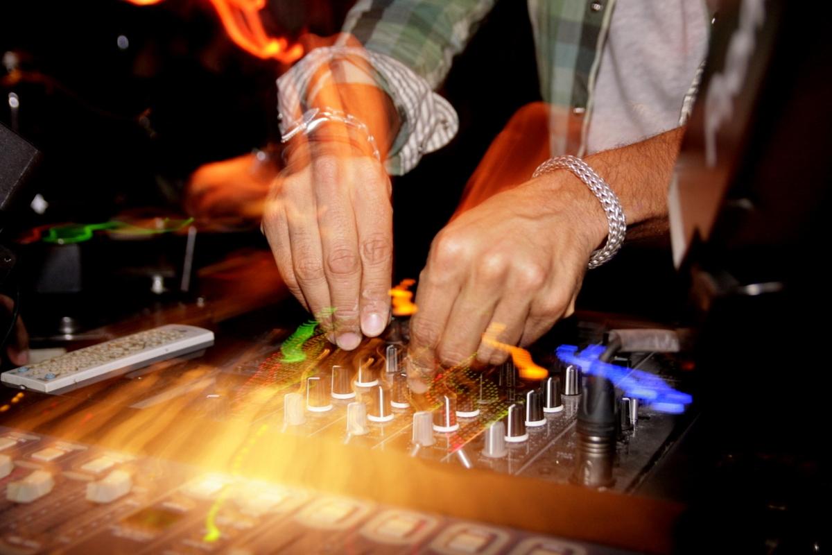 EDM DJ door Xolali